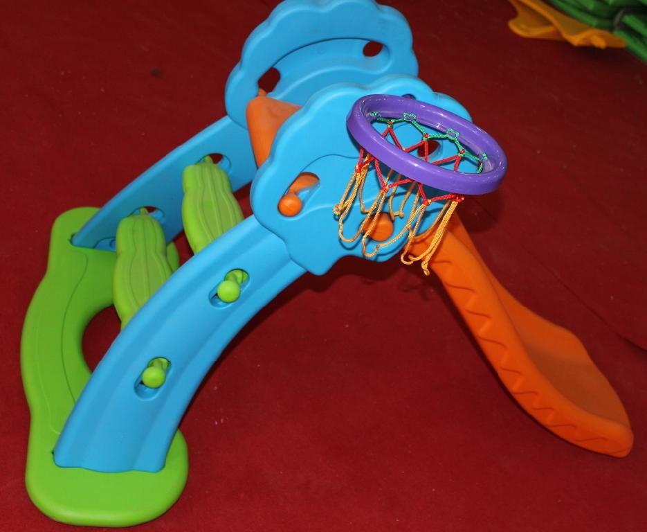 Cầu trượt Đơn Mã: DK035-1